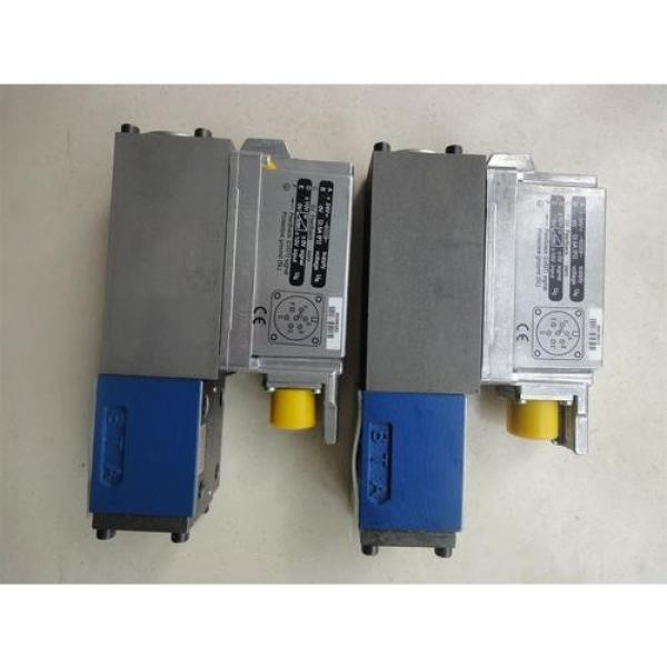 REXROTH 4WE 10 C3X/OFCW230N9K4 R900533250 Directional spool valves #2 image